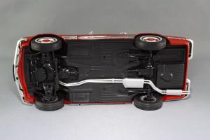 Прикрепленное изображение: Mercedes-Benz 280SL Norev 183520_13.jpg