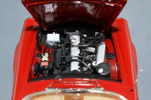 Прикрепленное изображение: Mercedes-Benz 280SL Norev 183520_12.jpg