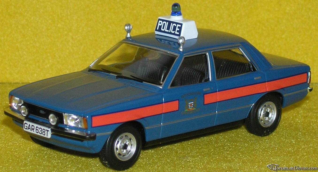 Прикрепленное изображение: Ford Cortina MkIV 16L P4090146.JPG