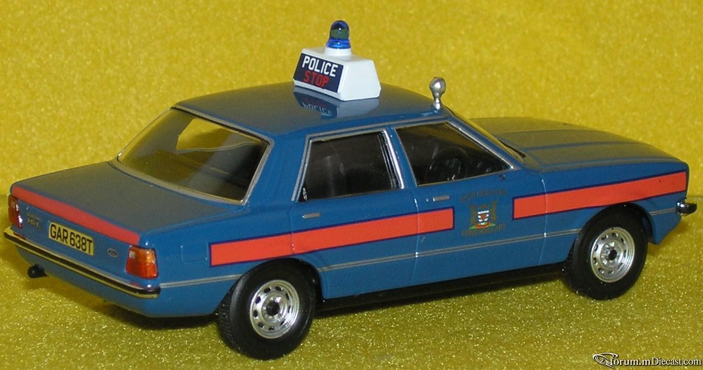 Прикрепленное изображение: Ford Cortina MkIV 16L P4090149.JPG