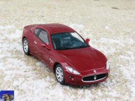 Прикрепленное изображение: Maserati Grandturismo_0-0.jpg