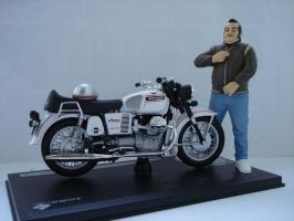 Прикрепленное изображение: Moto Guzzi V7 Speciale 1971.jpg