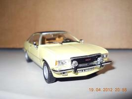 Прикрепленное изображение: Colobox_Opel_Commodore_B~02.jpg