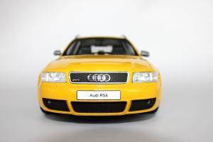 Прикрепленное изображение: Audi RS4(1).jpg