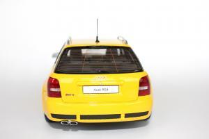 Прикрепленное изображение: Audi RS4(3).jpg