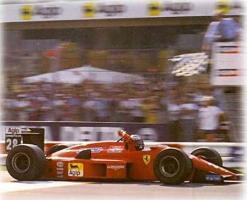 Прикрепленное изображение: 1988-Monza-F1 87-88C-Berger-3.jpg