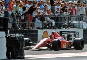 Прикрепленное изображение: 1989-Silverstone-F1 89-640-Mansell-3.jpg