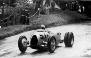 Прикрепленное изображение: Hans Stuck, Grand Prix trepada de montaña, 1936.jpg