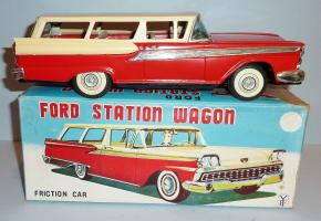 Прикрепленное изображение: YACHIO Japanese Tin Litho Friction 1959 FORD FAIRLANE 2-Dr STATION WAGON.JPG