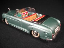 Прикрепленное изображение: 1950's TIN FRICTION LITHOGRAPH CONVERTIBLE MERCEDES 4 DOOR  CAR BANDAI JAPAN.JPG