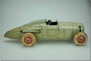 Прикрепленное изображение: AutoUnionRaceCar_Distler released this toy to Germany sometime during the 1930's.jpg