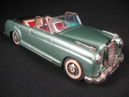 Прикрепленное изображение: 1950's TIN FRICTION LITHOGRAPH CONVERTIBLE MERCEDES 4 DOOR  CAR BANDAI JAPAN1.JPG