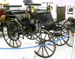 Прикрепленное изображение: early-automobiles.jpg