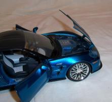 Прикрепленное изображение: Jada Chevrolet Corvette ZR1 2009 Blue (16).JPG