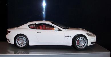 Прикрепленное изображение: Maserati Gran Turismo White Mondo Motors (2).JPG