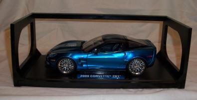 Прикрепленное изображение: Jada Chevrolet Corvette ZR1 2009 Blue (1).JPG
