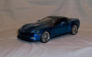 Прикрепленное изображение: Jada Chevrolet Corvette ZR1 2009 Blue (2).JPG
