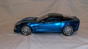 Прикрепленное изображение: Jada Chevrolet Corvette ZR1 2009 Blue (11).JPG