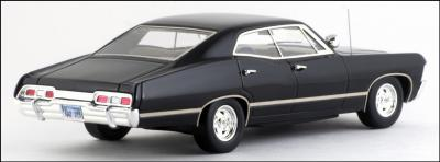 Прикрепленное изображение: 1967 Chevrolet Impala 4 Door Sport Sedan - True Scale Miniatures - TSM114331 - 3_small.jpg