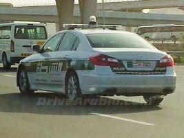 Прикрепленное изображение: Hyundai-Genesis-Dubai-Police-450x337.jpg