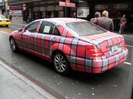 Прикрепленное изображение: Mercedes_w221_lol_tuning_NYC_2.jpg