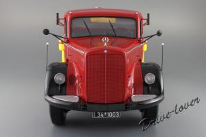 Прикрепленное изображение: Mercedes-Benz L 6600 Tankwagen Shell Minichamps 109031071_06.JPG