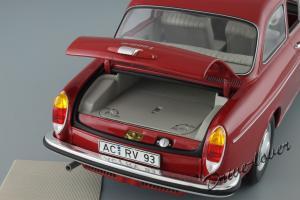Прикрепленное изображение: Volkswagen 1600 L Minichamps 100051001_11.JPG