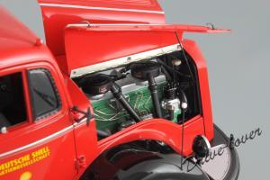 Прикрепленное изображение: Mercedes-Benz L 6600 Tankwagen Shell Minichamps 109031071_25.JPG