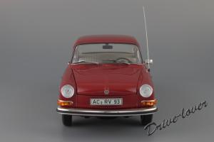 Прикрепленное изображение: Volkswagen 1600 L Minichamps 100051001_03.JPG