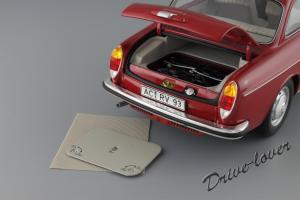 Прикрепленное изображение: Volkswagen 1600 L Minichamps 100051001_12.JPG