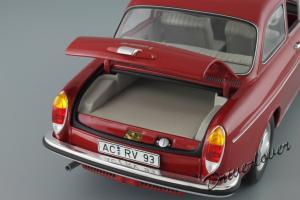 Прикрепленное изображение: Volkswagen 1600 L Minichamps 100051001_10.JPG