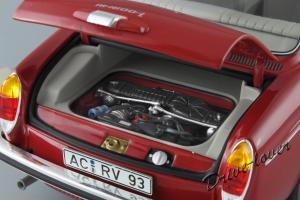 Прикрепленное изображение: Volkswagen 1600 L Minichamps 100051001_13.JPG