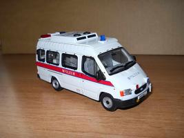 Прикрепленное изображение: Colobox_Ford_Transit_Hong_Kong_Police_Corgi~03.JPG