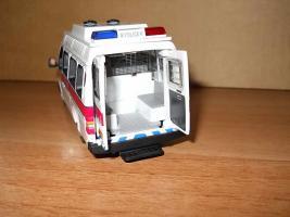 Прикрепленное изображение: Colobox_Ford_Transit_Hong_Kong_Police_Corgi~10.JPG