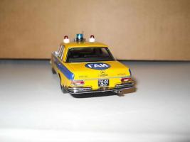 Прикрепленное изображение: Colobox_Mercedes-Benz_280SE_W108_Милиция~02.JPG
