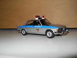 Прикрепленное изображение: Colobox_BMW_E3_Милиция~01.jpg
