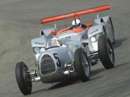 Прикрепленное изображение: Auto-Union-Type-C-Audi-R8.jpg