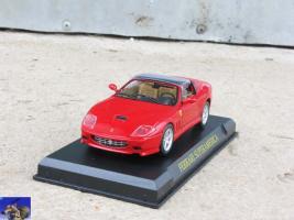 Прикрепленное изображение: Ferrari Superamerica_0-0.jpg
