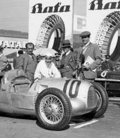 Прикрепленное изображение: Ferdinand Porsche  Hans Stuck.jpg