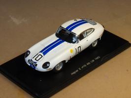 Прикрепленное изображение: 1962 s2101 SPARK Jaguar E-Type.jpg