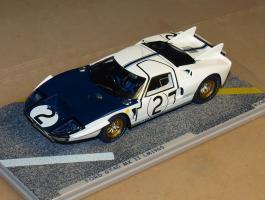 Прикрепленное изображение: 1965 BZ276 BIZARRE Ford GT 40 Mk II.jpg