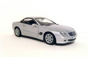Прикрепленное изображение: 2001_Mercedes_Benz_SL_500_Coupe_1.jpg