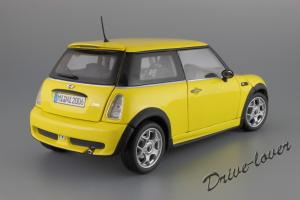 Прикрепленное изображение: Mini One (with Aerodynamic Package) Yellow Kyosho for MINI 80430148553_23.JPG