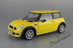 Прикрепленное изображение: Mini One (with Aerodynamic Package) Yellow Kyosho for MINI 80430148553_18.JPG