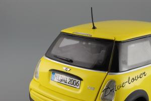 Прикрепленное изображение: Mini One (with Aerodynamic Package) Yellow Kyosho for MINI 80430148553_32.JPG