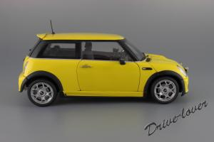 Прикрепленное изображение: Mini One (with Aerodynamic Package) Yellow Kyosho for MINI 80430148553_20.JPG