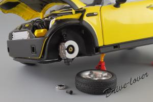Прикрепленное изображение: Mini One (with Aerodynamic Package) Yellow Kyosho for MINI 80430148553_15.JPG