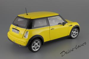 Прикрепленное изображение: Mini One (with Aerodynamic Package) Yellow Kyosho for MINI 80430148553_06.JPG