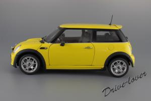 Прикрепленное изображение: Mini One (with Aerodynamic Package) Yellow Kyosho for MINI 80430148553_19.JPG
