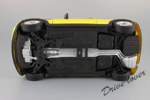 Прикрепленное изображение: Mini One (with Aerodynamic Package) Yellow Kyosho for MINI 80430148553_34.JPG